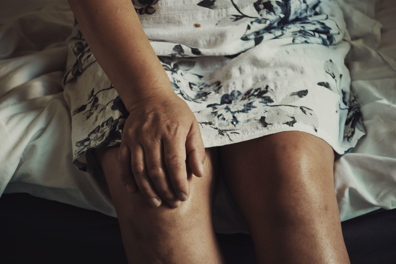 Dolore al ginocchio laterale interno