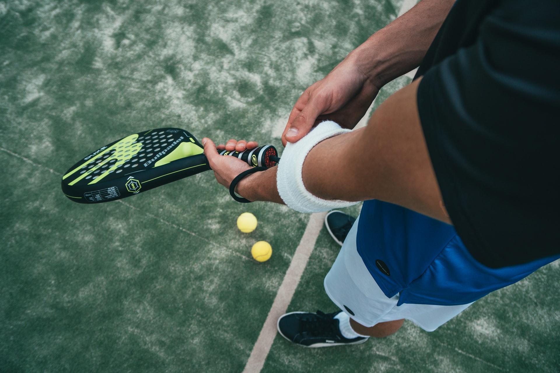 Epicondilite: il gomito del tennista
