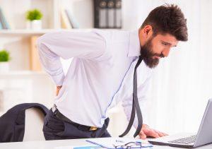 Dorsalgia causata da posture scorrette in ufficio
