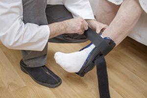 tutore alla caviglia